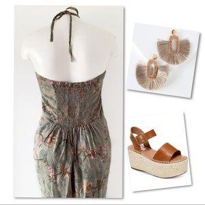 H&M Pants - H&M Romantic floral halter romper jumpsuit SZ 10